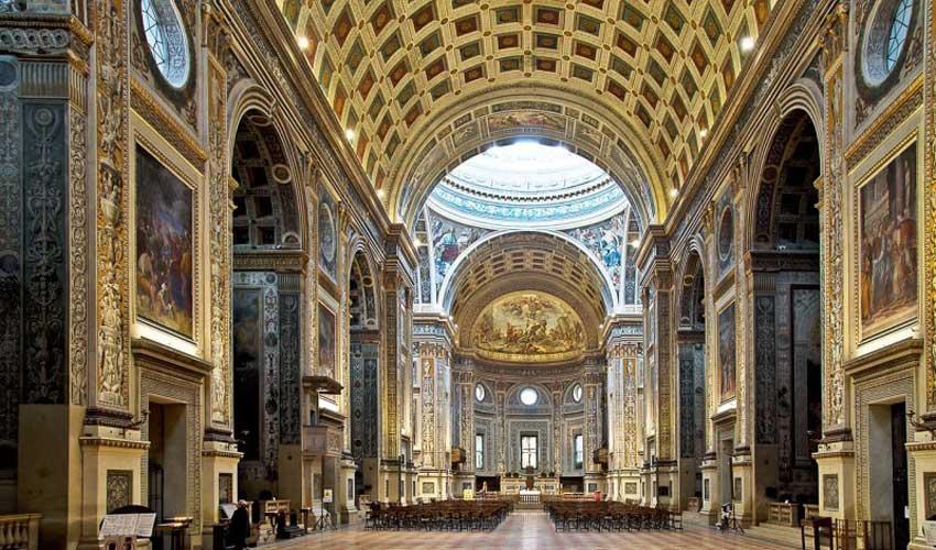 Basilica di Sant'Andrea - Interno
